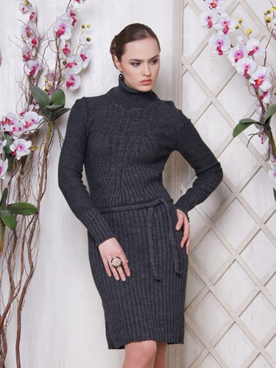 Платье М 2022